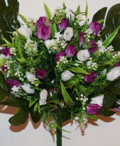 Искусственные цветы-Роза бутончик с пластмасками не прес R-815